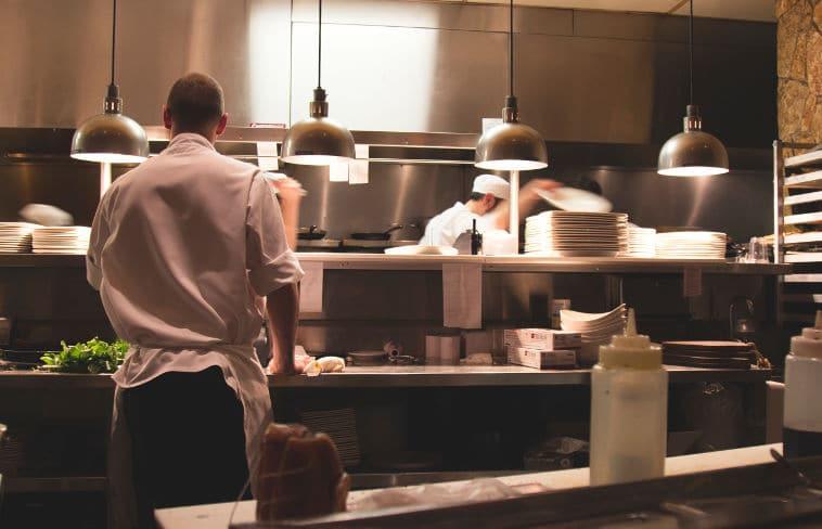 אנתוני בורדיין - סודות מחיי המטבח