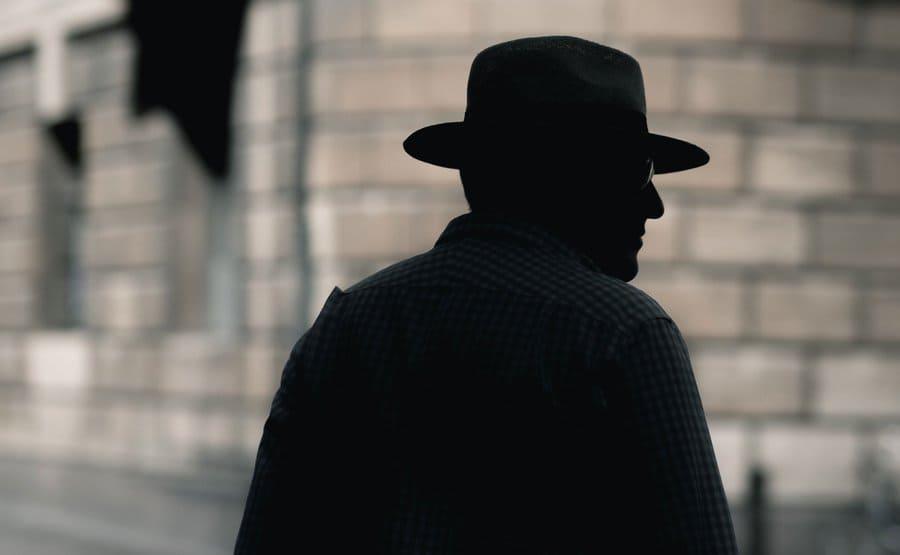 סוכנות הבילוש ההוליסטית של דירק ג'נטלי - החידון המלא