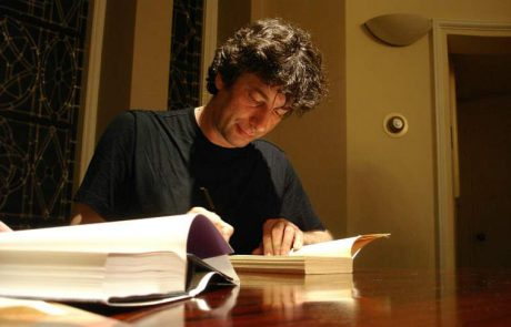Neil Gaiman is Revealing a New Book and Breaking the Net